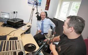 Als Co-Moderator für einen Vormittag im Radio MKW
