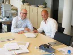 Peter Tauber mit Mirko Wolf. Bild: Wahlkreisbüro