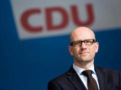 Peter Tauber befürwortet neues Gesetz zum Verbot von Kinderehen