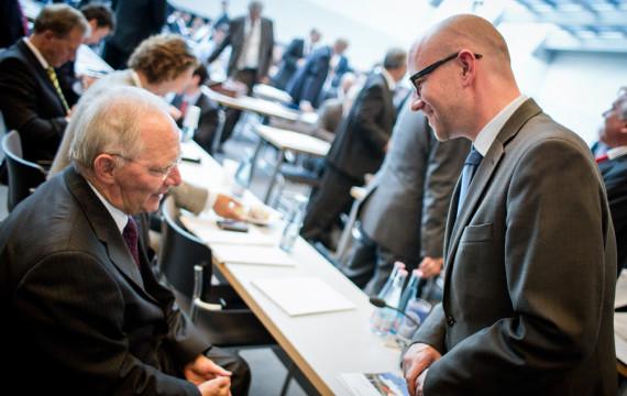 Schäuble schafft das Triple: Dritter Bundeshaushalt ohne neue Schulden