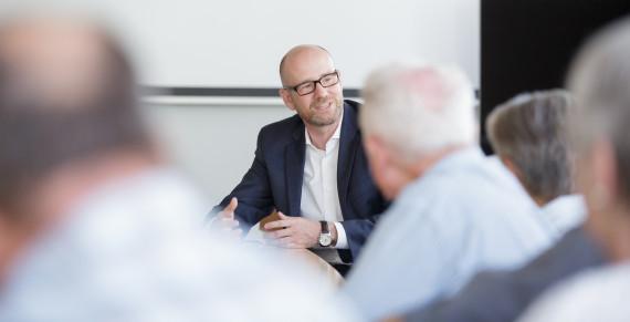 """Peter Tauber lädt zu """"Berliner Abend"""" in Altenstadt ein"""