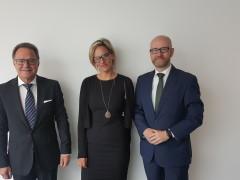 Peter Tauber und Tanja Gethöffer im Gespräch mit Experte für Patientenrechte